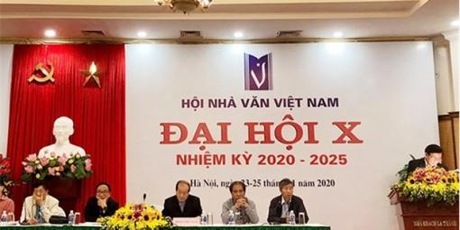 Phê duyệt Điều lệ Hội Nhà văn Việt Nam