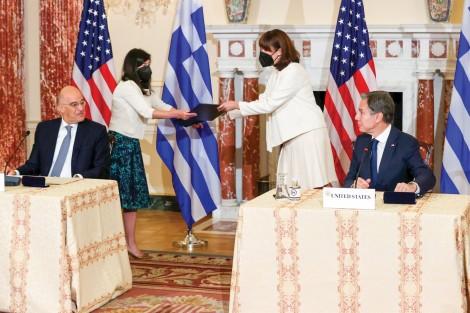 Mỹ - Hy Lạp tăng cường quan hệ quân sự
