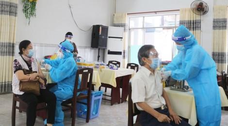 Cần Thơ: Phân bổ 70.200 liều vaccine Pfizer và 120.000 liều AstraZeneca