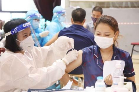 Kết hợp cấp căn cước công dân và tiêm vaccine phòng COVID-19